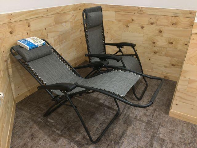 카페 일공공 - 수면 의자